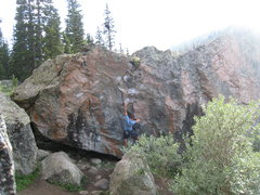 Rock Climbing Photo: Beginning up Pink Fink.  Snow White (V7) traverses...