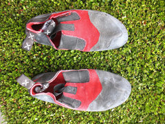Rock Climbing Photo: Stealth Painted Moccasyms