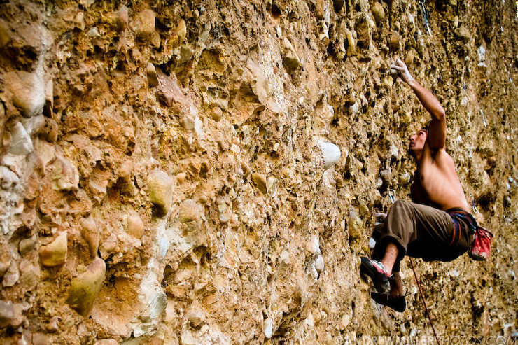 Rock Climbing Photo: Lonnie Kauk redpointing his 2nd attempt of Wicked ...