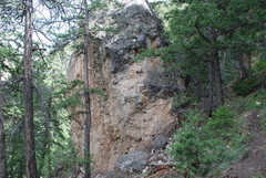 Rock Climbing Photo: The boulder seen from the trail.