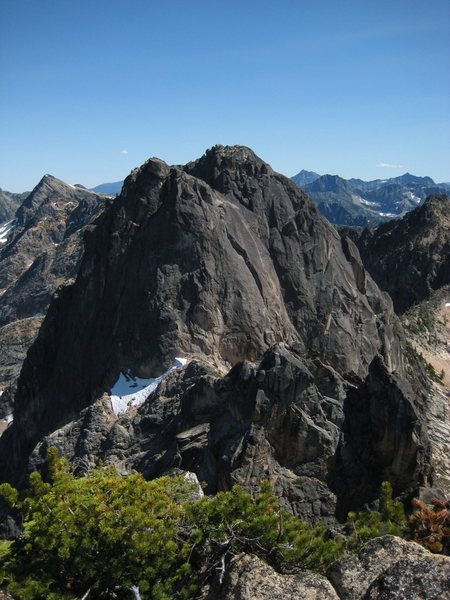 Looking south on the Northwest Corner route of North Early Winters Spire (taken from Liberty Bell summit).  Note the large flake/crack that is the offwidth 4th pitch.