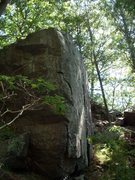 Rock Climbing Photo: Nice bouldering block above the West side of Red N...