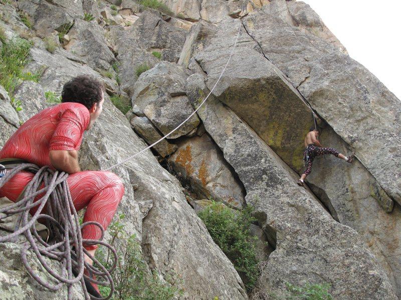 Rock Climbing Photo: Tony cleans Othello.