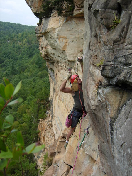 Rock Climbing Photo: Jeff Noffsinger on Suicide Hotline.  O&W wall.  Bi...