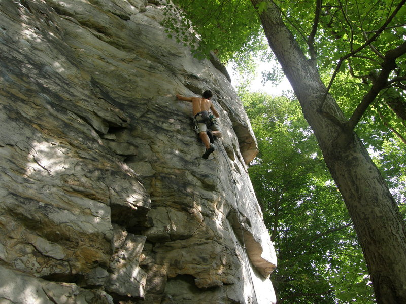 Jeremy Steck, climbing Not on the First Date.