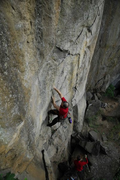 Rock Climbing Photo: Bill Coe climbing Blackberry jam, photo Jeff Thoma...
