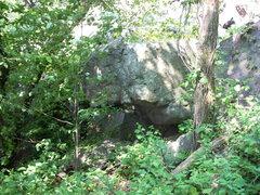 Rock Climbing Photo: Overhanging boulder directly below Vulture Lookout...