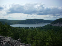 Rock Climbing Photo: View of the lake from the south shore towers.