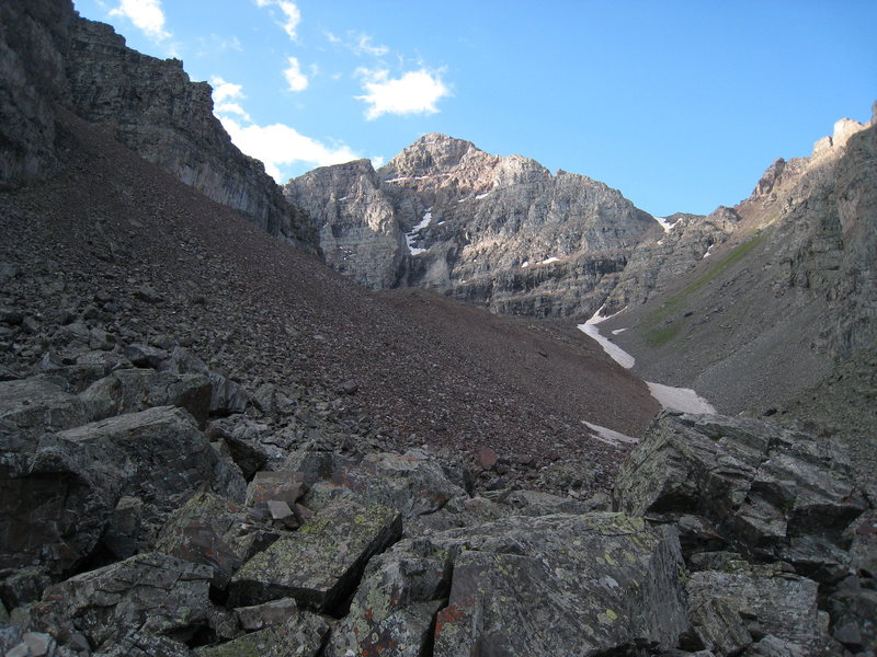 Rock Climbing Photo: At the toe of the North Face Cirque, looking towar...