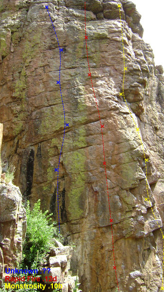 Rock Climbing Photo: Monstrosity and Rapid Fire on the left. If anyone ...