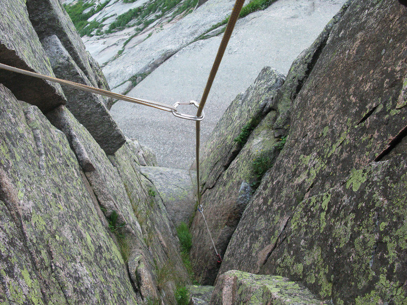 Looking down the corner on the last pitch.  The flake is not visible.