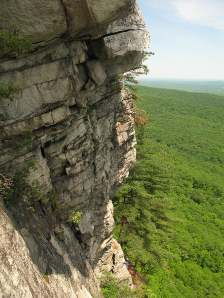 Rock Climbing Photo: The second pitch, with the traverse at the top vis...