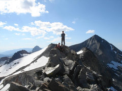 Rock Climbing Photo: Parker and Chris on the knife-edge, Banner peak on...