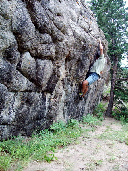 Difficult to moderate bouldering on the secluded shelf of the Nursing Home.