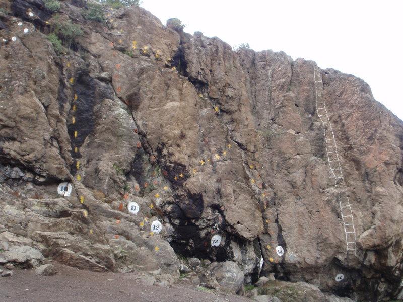 Virgen de Las Nieves climbing area.