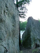 Rock Climbing Photo: Corridor between boulders right next to Magic Pond...