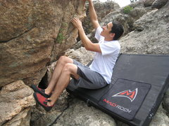 Rock Climbing Photo: Mike Sandoval starting Peg Leg.
