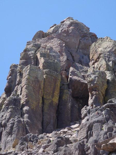 Dallas Peak Summit block from the SE showing chockstone
