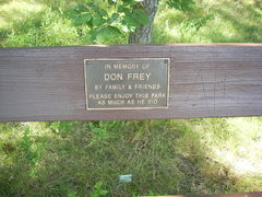 Rock Climbing Photo: This bench is a few yards north of the trail to th...