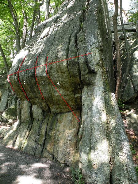 Rock Climbing Photo: The Left Pebbles Boulder: 1. Pebbles Left High Tra...