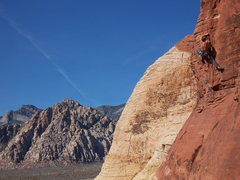 Rock Climbing Photo: Veazy on the OS of the sandy and sketchy Hurricane...