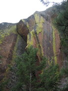 Rock Climbing Photo: The roof and stem box of D&D.  The lichen-y corner...
