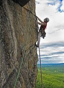 Rock Climbing Photo: The traverse out to the Yellow Ridge on the Dogsti...