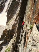 Rock Climbing Photo: The traverse to the pedestal on pitch 2.