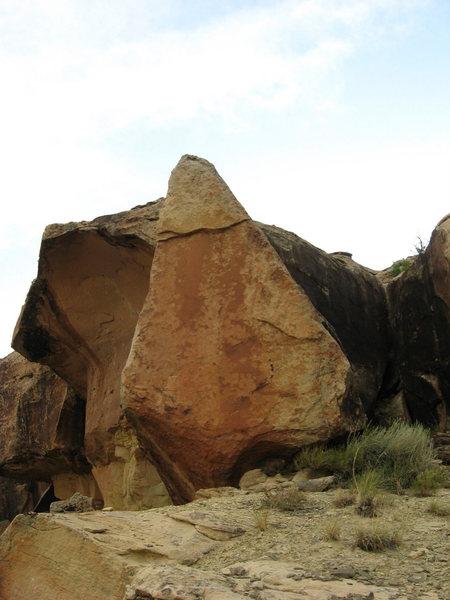 Rock Climbing Photo: Isosceles.
