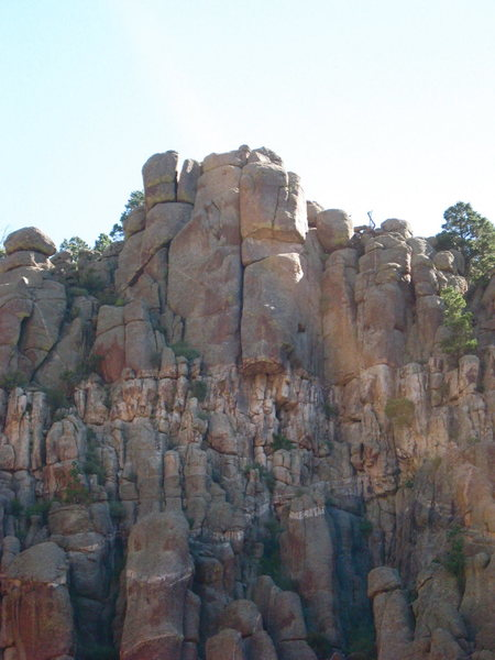 Rock Climbing Photo: Note the splitter roof crack near the top of the b...