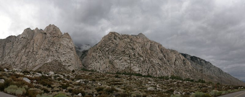 Rock Climbing Photo: A cloudy summer day at Pine Creek.