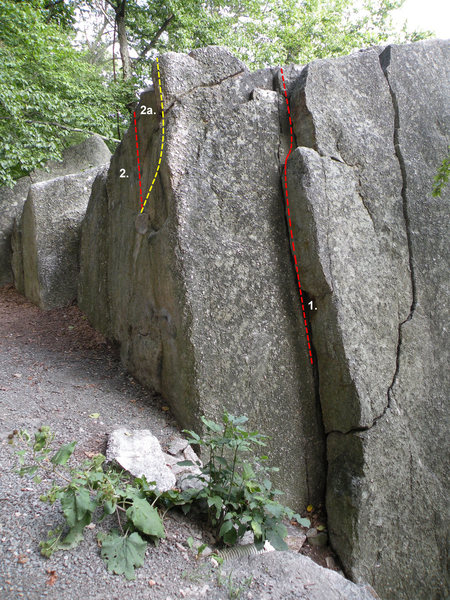 Rock Climbing Photo: Sliced Boulder in the Doug's Roof Area: 1. Unnamed...