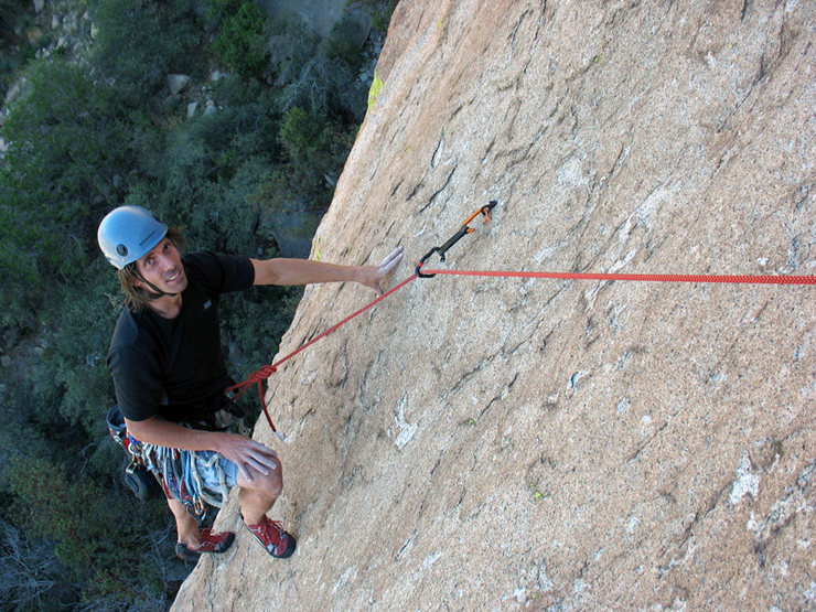 Mike Diesen getting ready to clean the traveling biner from a manky old og bolt on [[Too Tough to Die]]105964475, Cochise Stronghold.