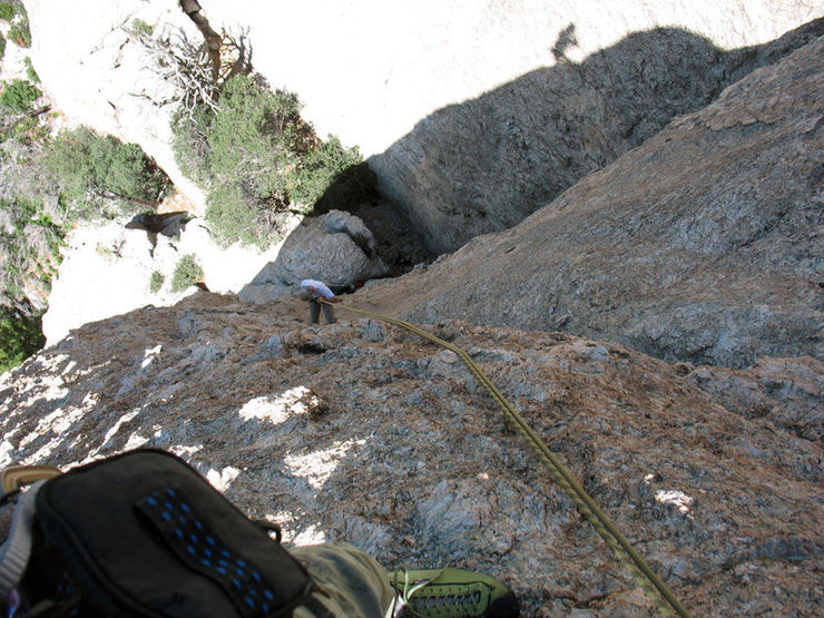Me rapping from the [[Momo Buttress]]105844368 with the traveling biner.