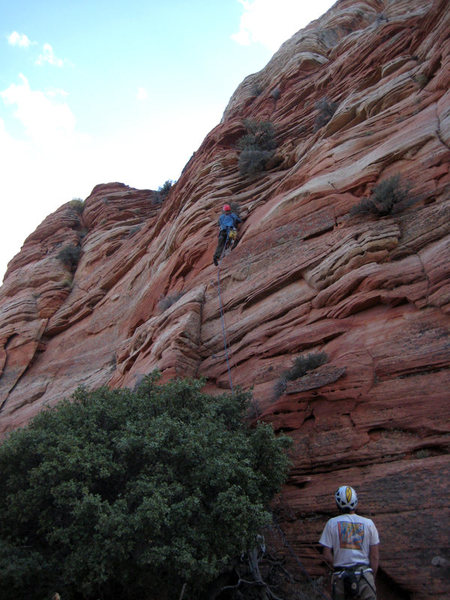 Rock Climbing Photo: Bill Ohran on the FA of the 8th pitch. This pitch ...