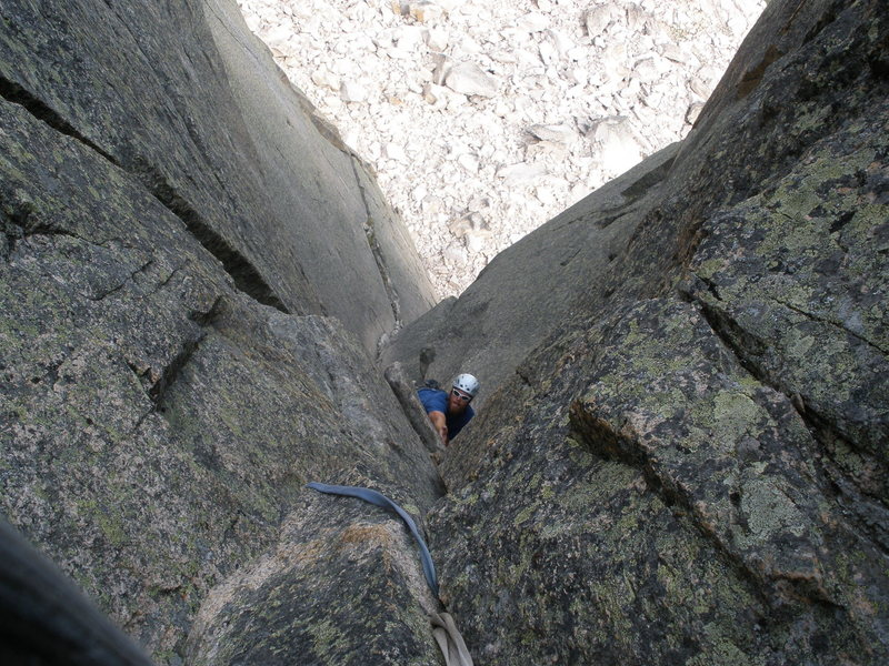 Rock Climbing Photo: Approaching end of 2nd pitch just past the blocky ...