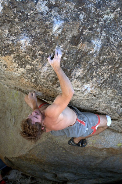 Rock Climbing Photo: Eliot on Can Opener - V8