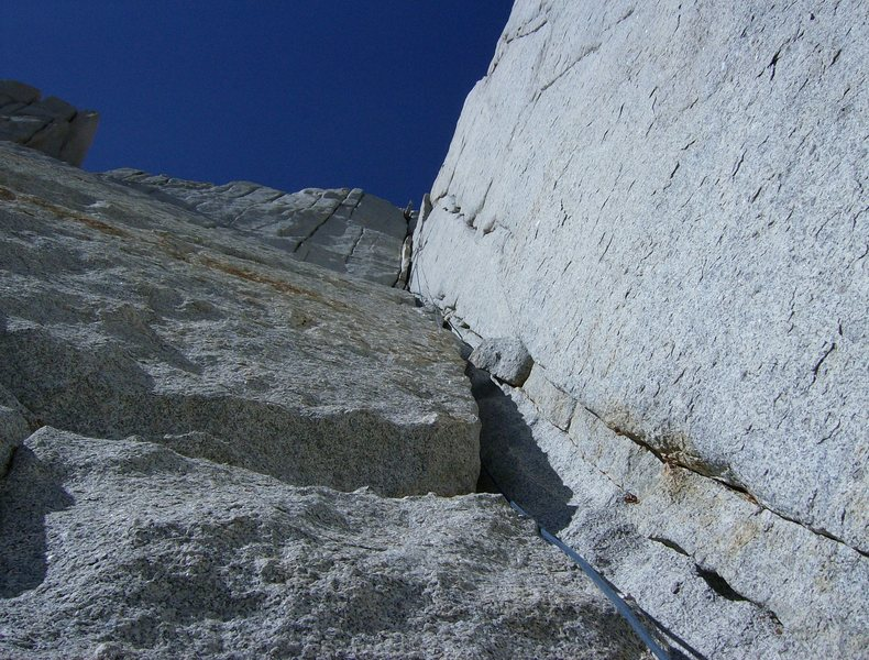A very nice step across finish- reminiscent of the Red Dihedral's step across on the Hulk.<br> <br> For us, this was 3rd pitch.