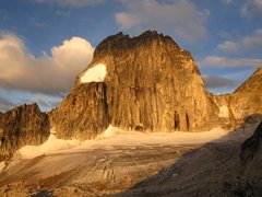 Rock Climbing Photo: Early morning.  Snowpatch