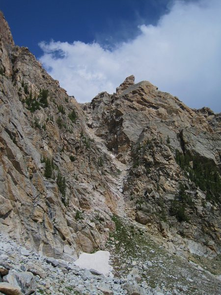 Rock Climbing Photo: The descent gully view from the trail to the lower...