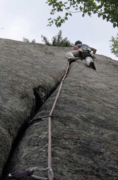 Mystery Achievement (5.9) at Good Luck cliff.  Tight hands, and sustained in the lower portion.  Perfectly straight line; no need for all those draws hanging on my gear loops!