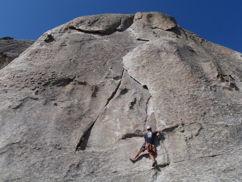 Our first climb: Rye Crisp (5.8) @ Elephant Rock. I seconded w/ Chad.