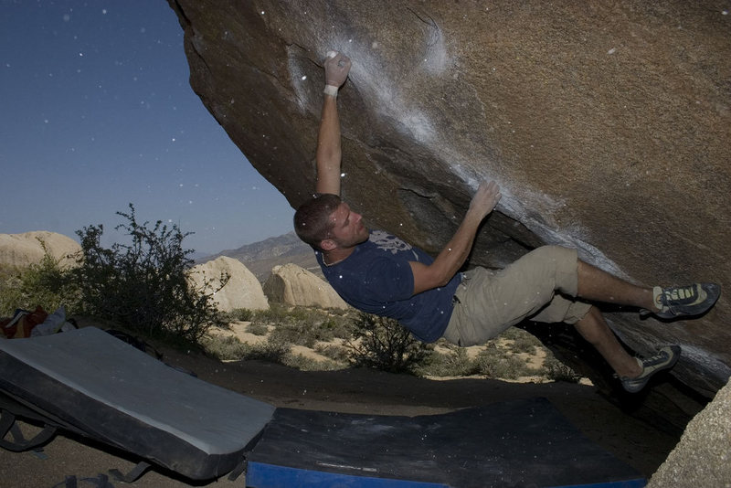 Rock Climbing Photo: greg wingate crushing the cave route with chalk sn...