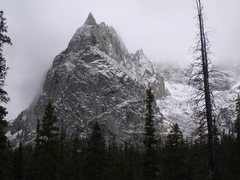 Rock Climbing Photo: Lone Eagle Peak highlighted with an early snow fal...