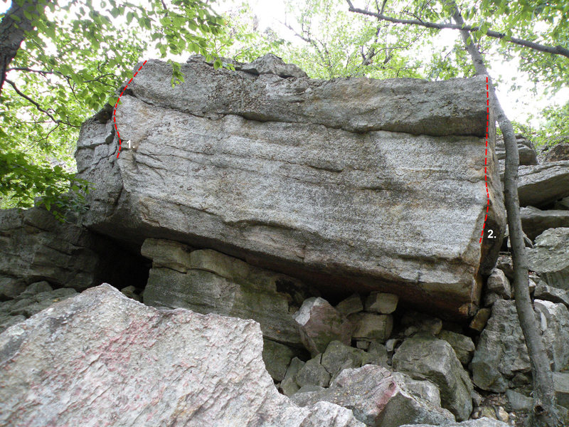 Rock Climbing Photo: The Satellite #5 Boulder in the Steel Bridge Area:...