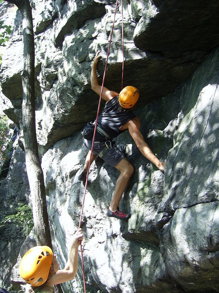 Rock Climbing Photo: Damon on 'Top-roper's Buttress'