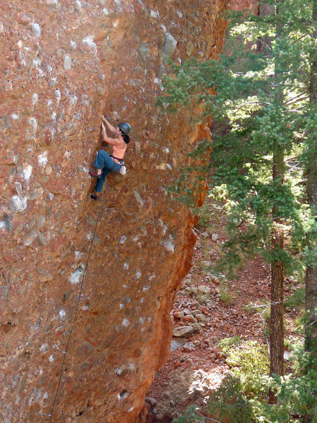 If there is anything resembling crack on the route, it's right through this section. September 2009.