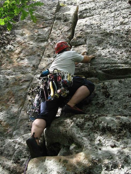 Rock Climbing Photo: Todd Paris starts out the FA of E-Stim.