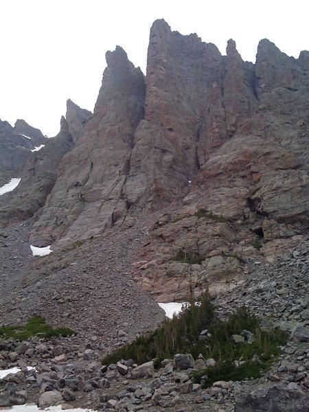 Rock Climbing Photo: Sharkstooth n The Petite Grapon