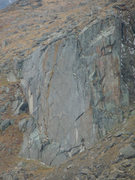 Rock Climbing Photo: The mostly un-broken wall above lincoln lake on Mt...